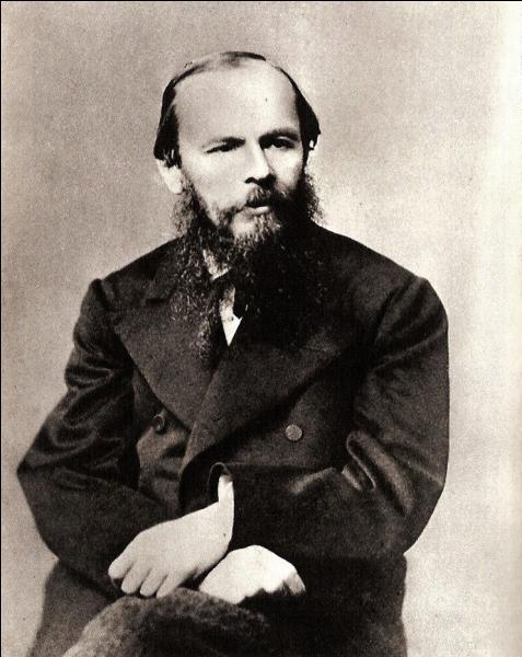 Fiodor Dostoïevski (Fiodor Mikhaïlovitch Dostoïevski aussi Fédor, Fedor ou Théodore en français) a écrit :
