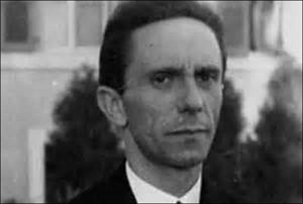 Quel triste sire fut sous le IIIe Reich de 1933 à 1945, le ministre à l'Éducation du peuple et à la Propagande ?