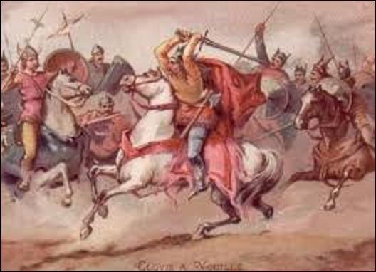 Donnez-moi le nom de cette bataille et victoire de Clovis au printemps 507 contre les Wisigoths, qui voit ces derniers perdre leur roi Alaric II, et contraints de laisser un vaste territoire aux Francs ?
