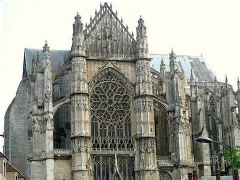 De quelle ville de l'Oise, Pierre Cauchon (1371-1442), ordonnateur du procès de Jeanne d'Arc (qui dura du 21 février au 23 mai 1431), était-il l'évêque ?