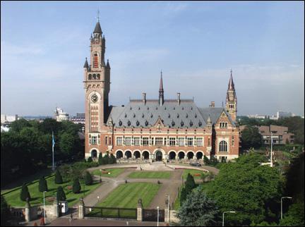 Quelle est la troisième ville principale des Pays-Bas ?