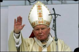 Quelle était la nationalité du Pape Jean-Paul II ?