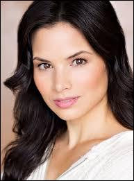 "Quel personnage a incarné Katrina Law dans ""The Arrow"" ?"