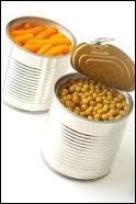 Quelle méthode de conservation est utilisée pour conditionner des aliments dans des boîtes de conserve ?