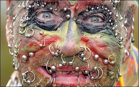 Le piercing du nez et des lèvres a été inventé au 20e siècle !