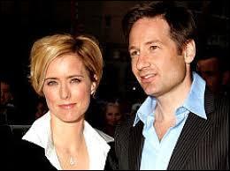 Cette actrice blonde pétulante à l'excellent timing comique fut longtemps l'épouse de David Duchovny. Quel est son prénom ?