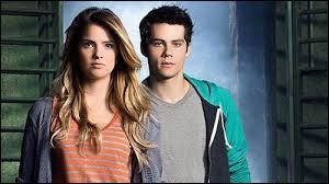 Dans quelle série apparaissent Malia et Stiles ?