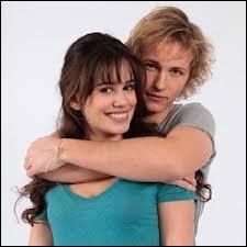 Dans quelle série apparaissent Julien et Clémentine ?