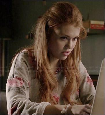 Qui est la première personne à vraiment se rendre compte que Lydia est plus intelligente qu'elle ne veut le montrer ?