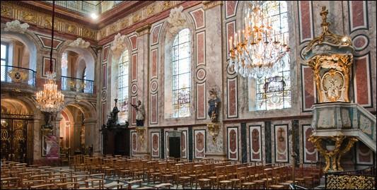 Dans quel département peut-on visiter l'Eglise Notre-Dame-de-Bon-Secours où se trouve la sépulture royale de Stanislas Lesczinski, et édifiée à Nancy ?