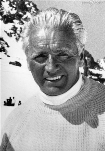 C'est Emile Allais qui créa le premier service des pistes en 1950 dans une station de Savoie, c'était à...