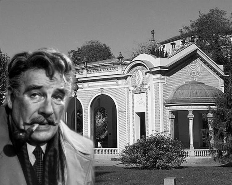 Maigret en compagnie de sa femme, fait une cure dans une station thermale quand a lieu dans cette ville l'assassinat d'une femme. Le commissaire va aider son ancien inspecteur chargé de l'enquête...