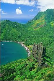 Quel archipel de la Polynésie française évoque un titre de noblesse, porté par certaines femmes ?