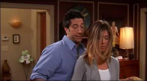 Dans quelle série trouve-t-on Rachel et Ross ?