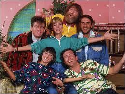 C'est une émission qui était diffusée entre 1987 et 1997 centré autour d'une chanteuse pour la jeunesse, il s'agit du...
