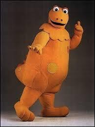 """Comment s'appelle ce dinosaure orange devenu la mascotte de l'émission """"L'Île aux enfants"""" ?"""