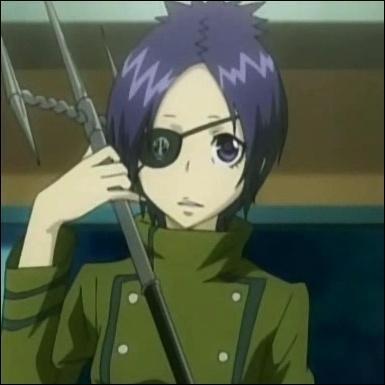 Je suis la Gardienne de la Brume de la famille Vongola ainsi qu'un membre du Kokuyo Gang. Je me nomme...