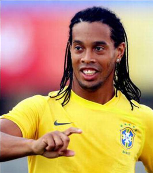 Dans quel club français a-t-il joué avant de jouer au Barça ?