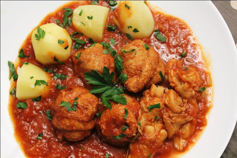 Spécialité de Sisteron et de Marseille, quel est ce plat composé d'abats d'agneau mijotés dans une sauce tomate ?