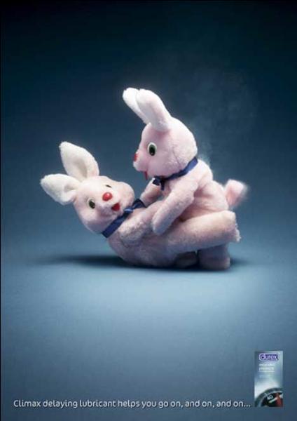 Pour quelle marque travaillent ces lapins ?