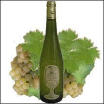 J'ai pensé que ce vin blanc sec de la région Loire/Atlantique l'accompagnerait très bien :