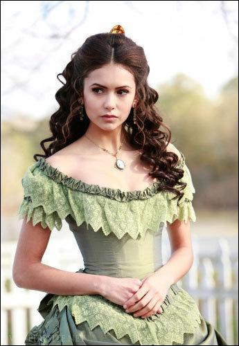 À quel âge devient-elle une vampire ?