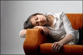 Qu'arrive-t-il à une personne souffrant d'hypersomnie ?
