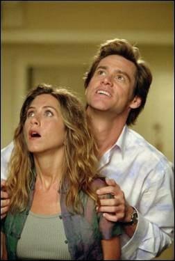 C'est dans ce film que son fiancé, interprété par Jim Carrey, lui offre la lune, grand modèle, quel est ce film ?
