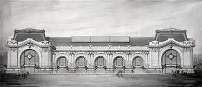 Laissé à l'état de ruine, il faut attendre 1898 pour voir un nouveau bâtiment se construire sur les plans de l'architecte Victor Laloux. Terminé en 1900, qu'accueilleront ces murs jusqu'à la veille de la Seconde Guerre mondiale ?