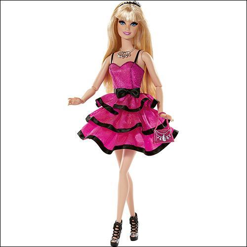 Depuis plusieurs générations, la plupart des petites filles ont un jour eu leur poupée...
