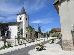 Nous nous rendons en Lorraine, à Seichamps. Dans cette ville de la banlieue nancéienne, vous pourrez y découvrir son église Saint-Lambert ou flâner dans le Jardin Roussel. Nous serons dans le département ...