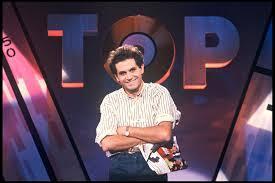 """Comment s'appelle l'animateur qui débutait chaque émission du """"Top 50"""" par la phrase """"Salut les petits clous ! """" ?"""