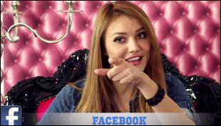 """Dans sa vidéo """"Si les réseaux sociaux étaient des personnes"""", quel réseau social Andy interprétait-elle ?"""