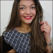 Elle a 16 ans, cette dernière s'appelle Tatiana ; elle habite près de Paris. Qui est-ce ?