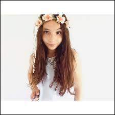 Elle s'appelle Shana, elle a 11 ans, elle est en 5e. Adolescente passionnée par les vidéos, la photographie, le skate, Shana adore être prise comme modèle photo. Qui est-ce ?