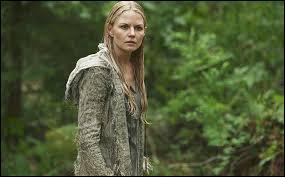 Où se retrouve Emma après son sacrifice pour sauver Regina et tout Storybrooke ?