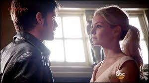Que dit Hook à Emma quand il a compris qu'elle le manipulait ?