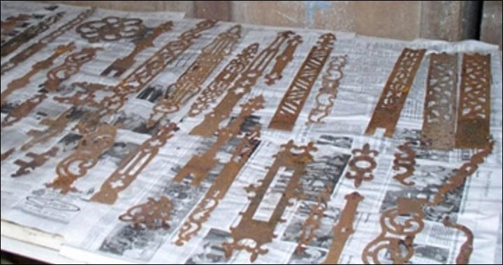 La fabrication de quincaillerie décorative (ferronnerie) a son berceau dans le bocage et les artisans réalisent de vraies dentelles de fer. Que représente l'illustration ?