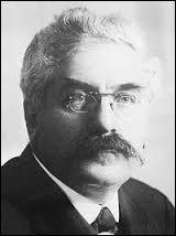 En quelle année Alexandre Millerand, président de 1920 à 1924, a-t-il succombé à la maladie de Parkinson ?