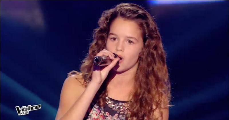 Quelle chanson a-t-elle chantée aux auditions à l'aveugle ?