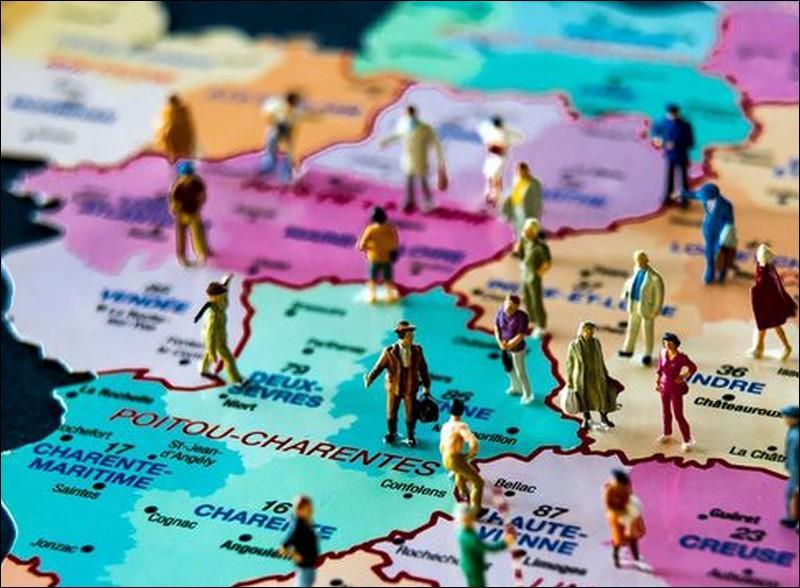 Adoptée par l'Assemblée nationale en décembre 2014, la réforme de 2015 fait passer le nombre de régions françaises de...