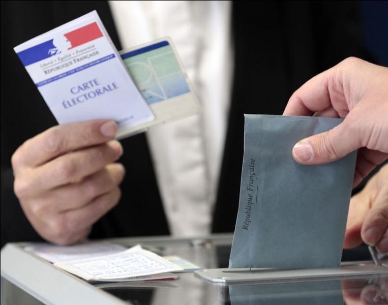 Quel mode de scrutin est utilisé pour l'élection des conseillers régionaux ?
