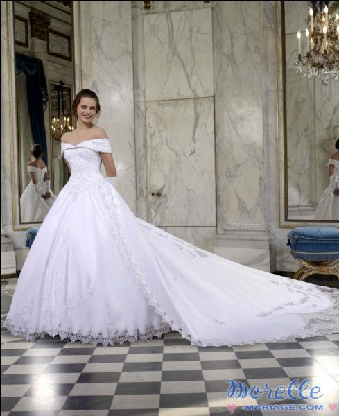 Si c'est mon premier mariage et que je n'ai pas d'enfants, de quelle couleur doit traditionnellement être ma robe ?