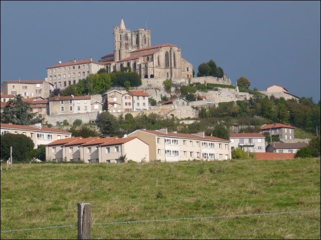 Quizz petites villes fran aises 47 quiz villes departements - Office de tourisme saint bonnet le chateau ...