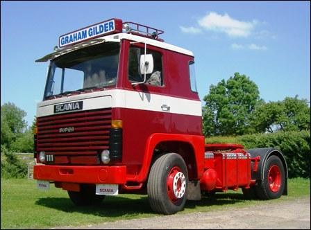 Quel est le modèle de cet ancien Scania ?