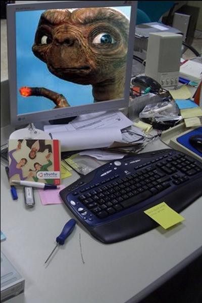 quizz qui appartient cet ordinateur quiz celebrites. Black Bedroom Furniture Sets. Home Design Ideas