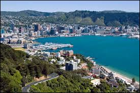 Commençons à élever le niveau... Si je vous dis rugby, meilleure équipe... Oui ! Les All Blacks de Nouvelle-Zélande ! Alors, avez-vous la capitale de ce pays ?