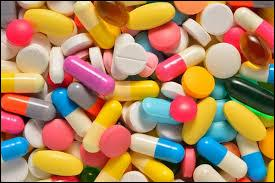 Alexander Fleming a découvert la pénicilline qui a permit de créer le médicament appelé...