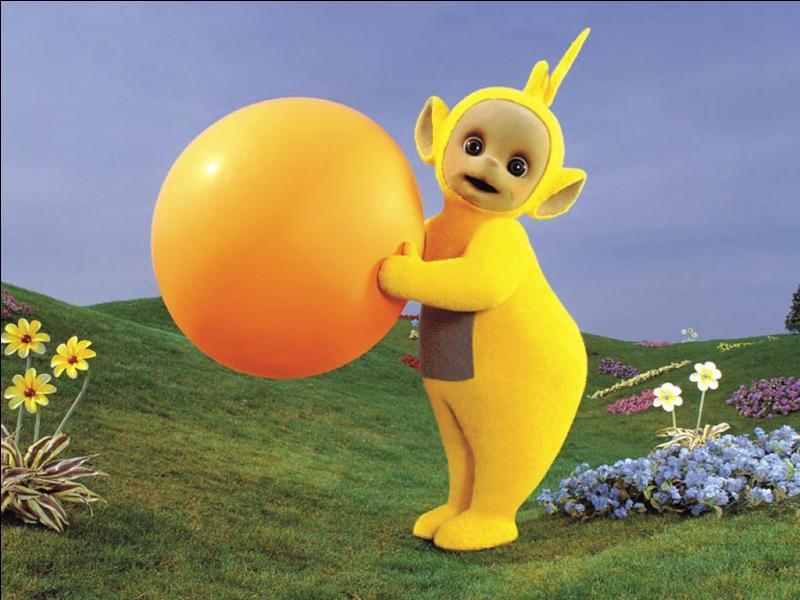Elle est toute jaune comme le soleil.Qui est-elle ?