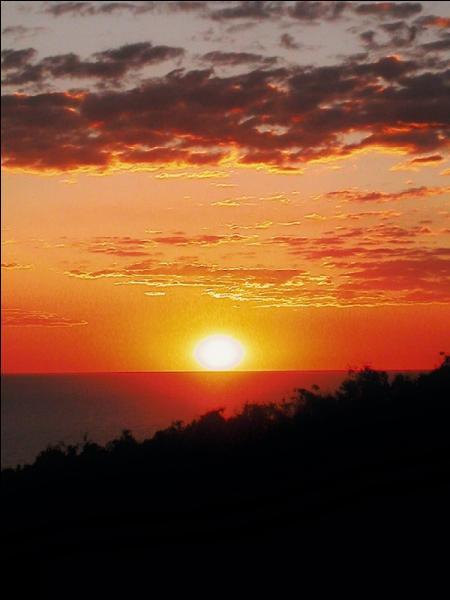 Dans quelle direction le soleil se couche-t-il ?